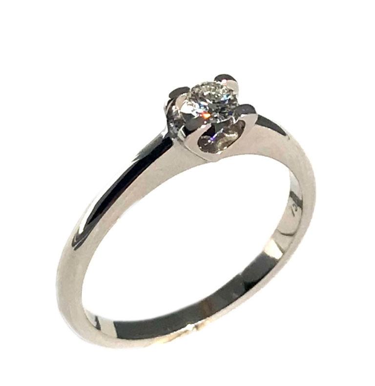 ...  Μονόπετρο λευκόχρυσο 18Κ δαχτυλίδι με στρόγγυλο διαμάντι κοπής  μπριγιάν. Tap to expand 8168eba93a0