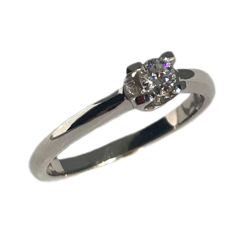 ... 18Κ δαχτυλίδι με στρόγγυλο διαμάντι κοπής μπριγιάν. Tap to expand. Μονόπετρο  λευκόχρυσο ... 6dacd38d9d7